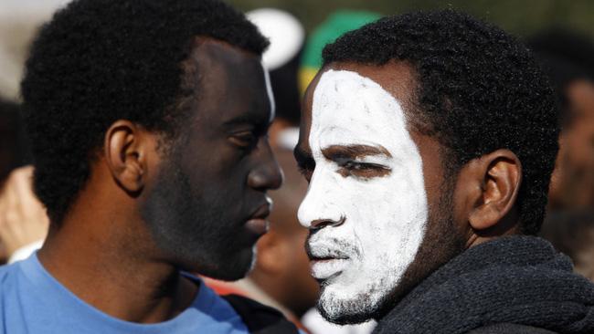 Image result for phân biệt chủng tộc