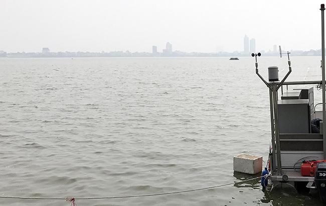 Ý tưởng chống ùn tắc ở Hà Nội: Mở tuyến taxi nước hồ Tây - ảnh 2