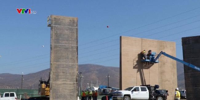 Mỹ xây dựng nguyên mẫu bức tường biên giới Mexico - ảnh 2