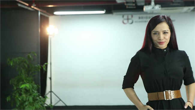 Cựu siêu mẫu Thúy Hằng: Thời trang càng tối giản càng đẹp - ảnh 1