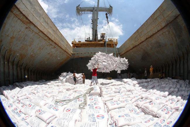 Объем экспорта риса из Вьетнам в Китай резко снизился