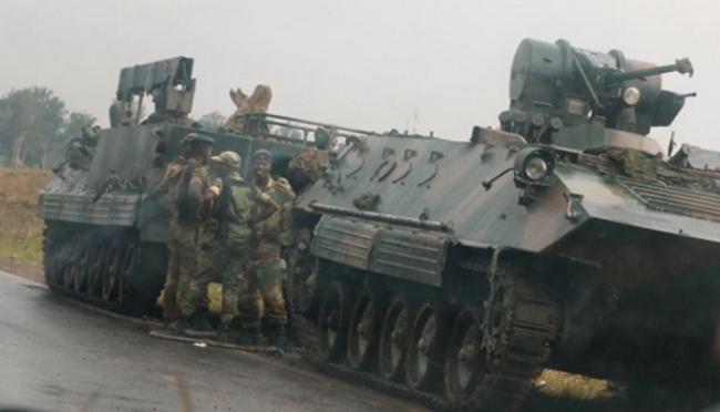 Nổ lớn tại thủ đô Zimbabwe gây lo ngại về đảo chính - ảnh 1