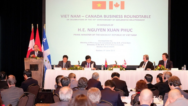 PM Nguyen Xuan Phuc speaks at the Vietnam-Canada Business Roundtable. (Photo: