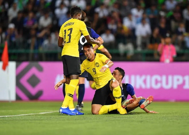 After defeating Laos, Malaysia (yellow jersey) will next face Vietnam in at My Dinh National Stadium in Hanoi on November 16 (Photo: foxsports)