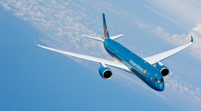 National flag carrier Vietnam Airlines aims to serve more than 24.3 million passengers and earn consolidated net profit of over 97 trillion VND (4.27 billion USD) in 2018 (Photo: Vietnam Airlines)