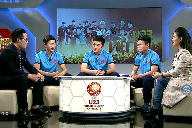 VTV.vn - Những vị khách mời đặc biệt của bản tin 360 độ Thể thao ngày 29/1  là Xuân Trường, Quang Hải và Phan Văn Đức đã có những chia sẻ hết ...