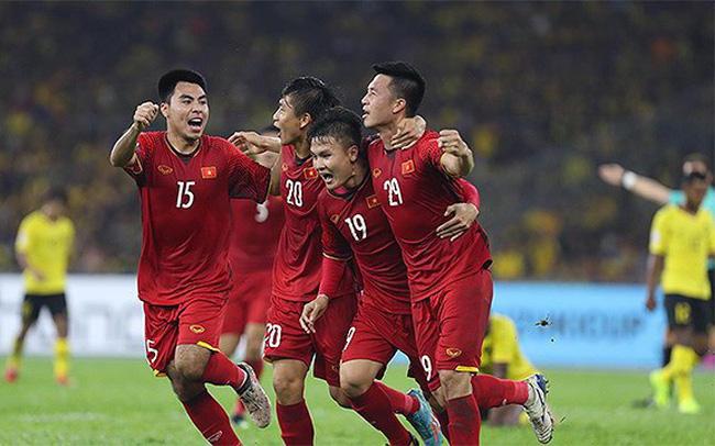 VTV.vn - Tối nay trên sân Mỹ Đình, ĐT Việt Nam sẽ có trận chung kết lượt về  AFF Cup với ĐT Malaysia. Sau 10 năm, ĐT Việt Nam đang tràn trề ...