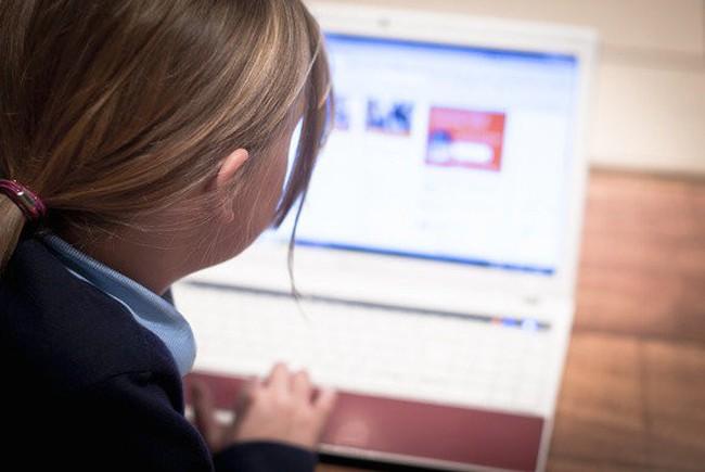 Mẹo giúp các bậc cha mẹ định hướng cho con cái trong thế giới Internet - ảnh 3