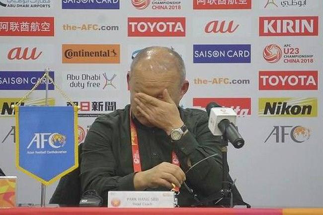 Kết quả hình ảnh cho park hang-seo khóc