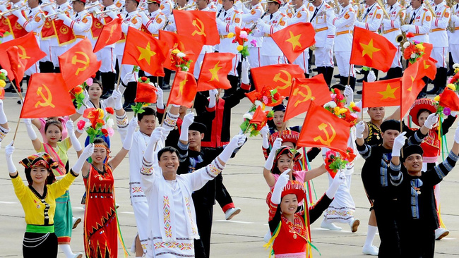 The entire Party and people of Vietnam are striving for a modernised and industrialised economy.