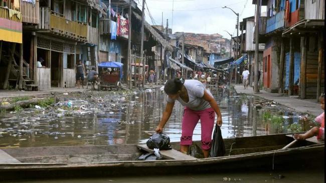 """Đến thăm """"thành phố nổi kiểu Venice"""" phiên bản'nghèo khổ và bẩn thỉu - ảnh 8"""
