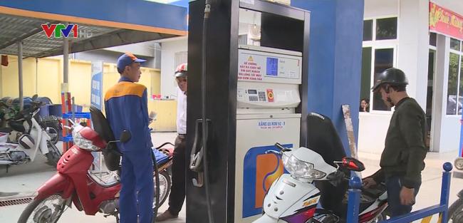 Giá xăng, dầu đồng loạt giảm mạnh - ảnh 2