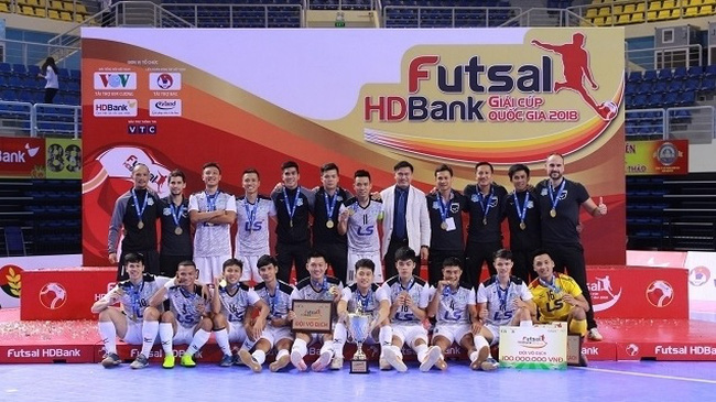 Thai Son Nam club successfully defend their National Futsal Cup title.