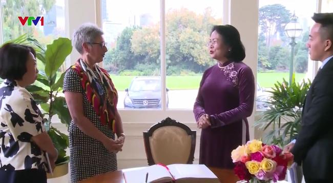 Phó Chủ tịch nước gặp Thống đốc và Thủ hiến bang Victoria, Australia - ảnh 2