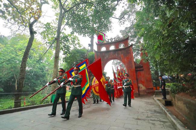Giỗ tổ Hùng Vương: Thủ tướng dâng hương tưởng niệm các vua Hùng - ảnh 9
