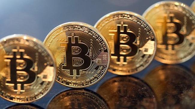 Bitcoin giảm 70% giá trị - ảnh 2