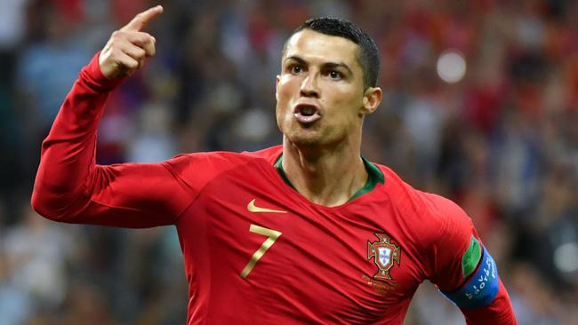 ĐT Bồ Đào Nha triệu tập: Ronaldo tiếp tục không lên tuyển