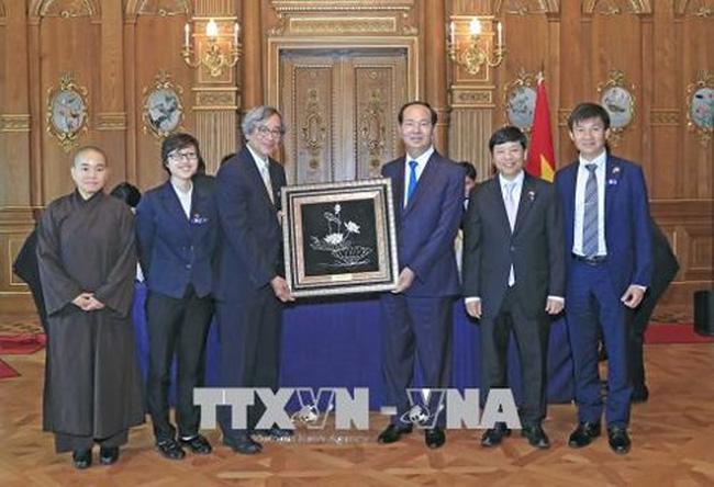 Chủ tịch nước gặp gỡ cộng đồng người Việt Nam tại Nhật Bản - ảnh 2