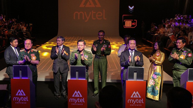 Delegates launch Viettel's tenth brand in foreign countries, namely Mytel network in Myanmar. (Photo: qdnd.vn)