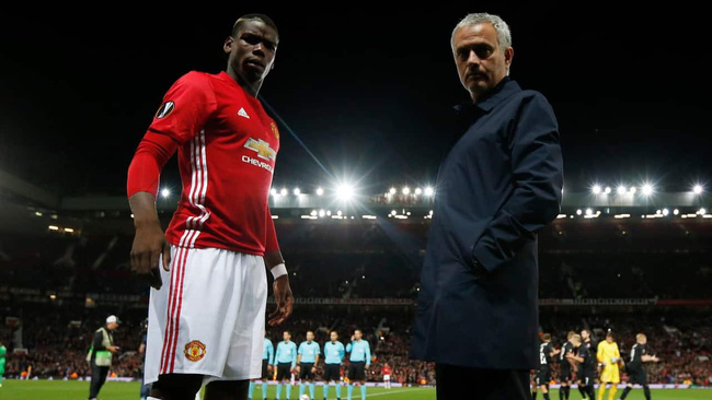 Man United nên chọn Mourinho hay Pogba?