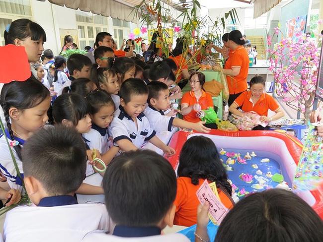 TP.HCM: Cấm trường học chúc Tết, tặng quà lãnh đạo - ảnh 2