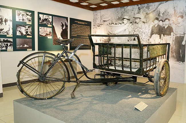 Weapons, not rubber: The tricycle what Commando Ba Mu used to transport weapons to the battlefield. 