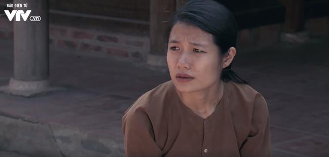 Tập 22 phim Thương nhớ ở ai: Nghĩa đi bộ đội, Hạnh quỳ mọp xin được phụng dưỡng bố mẹ chồng - ảnh 1