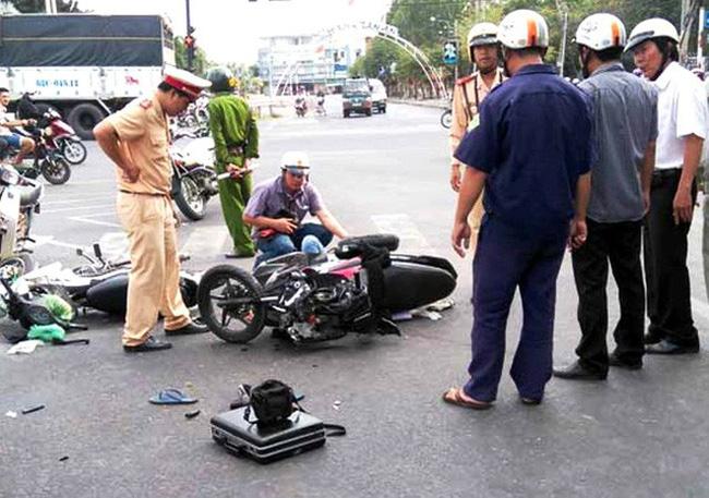 Ngày 30 Tết, 33 người thiệt mạng do tai nạn giao thông - ảnh 1