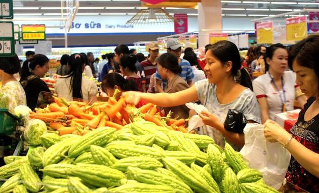 Kiểm tra đột xuất thực phẩm phục vụ Tết Nguyên đán - ảnh 2