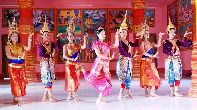 A traditional dance of Khmer ethnic people (Photo: baobaclieu.vn)
