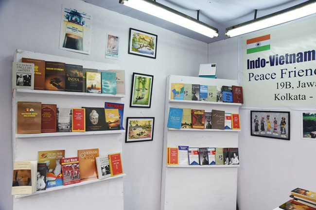 A corner of the Vietnamese booth at the ongoing 42nd International Kolkata Book Fair in West Bengal State, India. (Photo: VNA)