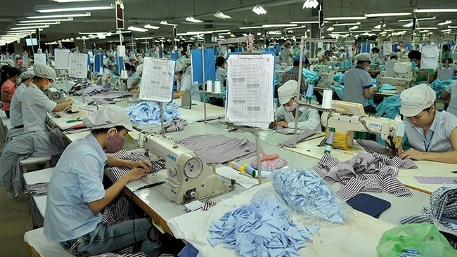 A garment factory in Quang Binh province. (Photo: Nguyen Dang)