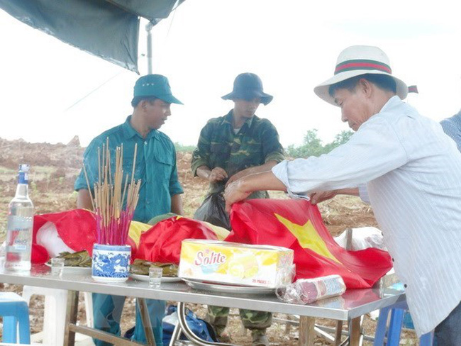 Repatriation of Vietnamese soldiers' remains (Photo: VNA)