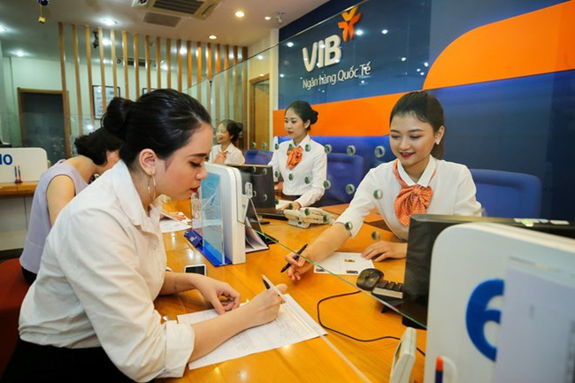 A transaction office of the Vietnam International Commercial Joint Stock Bank (VIB) (Photo: VNA)
