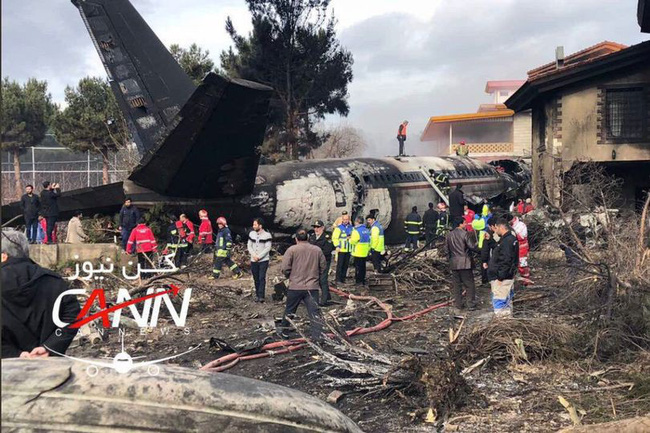 Tai nạn máy bay chở hàng ở Iran, 15 người thiệt mạng - ảnh 6