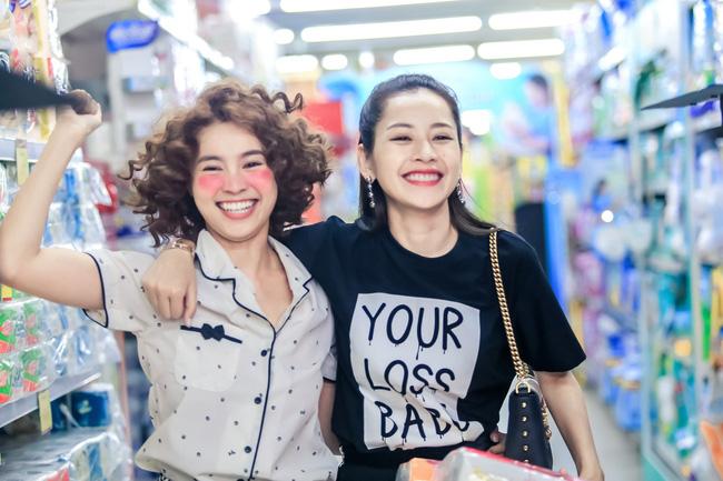 """Chi Pu - Ninh Dương Lan Ngọc gọi nhau là """"vợ - chồng"""" trong phim ..."""