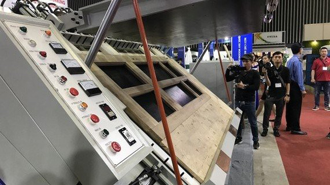 VietnamWood 2019 sees the participation of many foreign companies. (Photo: SGGP)
