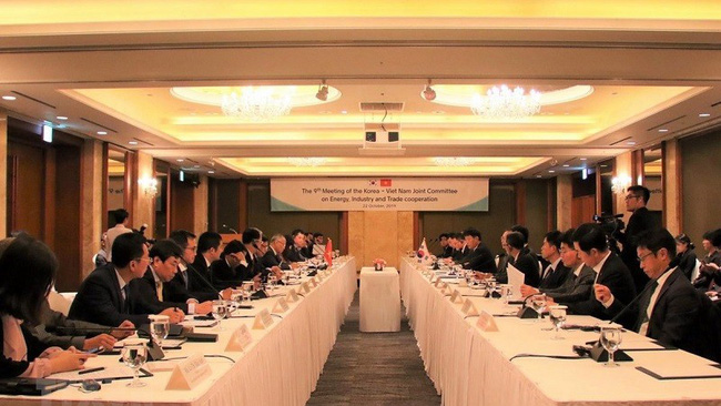 The 9th meeting of the Vietnam-ROK joint committee on energy, industry and trade cooperation (Photo: VNA)