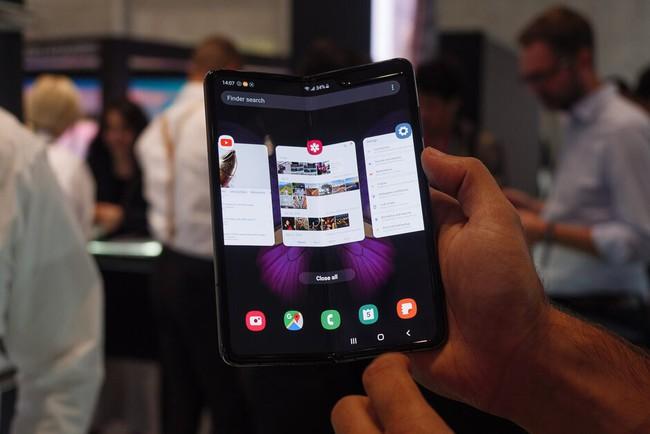 Galaxy Fold cập nhật nhiều tính năng mới được người dùng quan tâm - ảnh 1