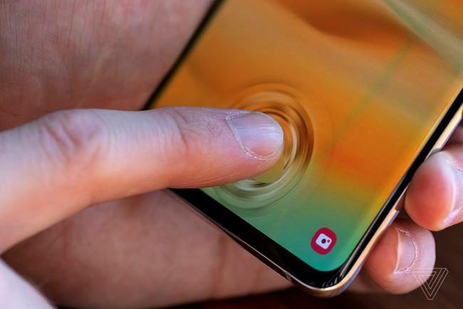 Samsung sửa lỗi cảm biến vân tay trên Galaxy Note10, Galaxy S10 - ảnh 1