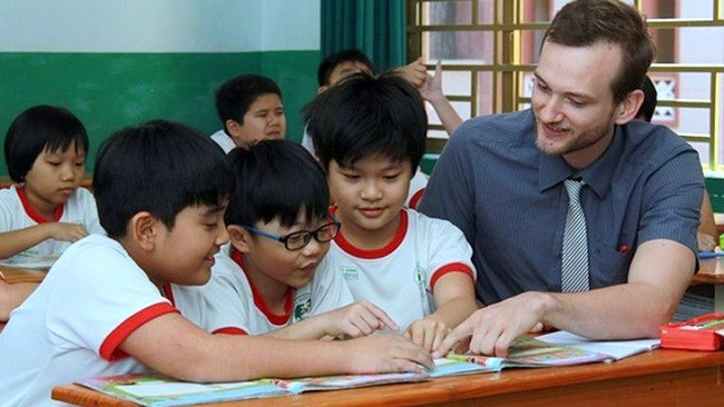 After ten months, 62,000 foreigners have paid compulsory social insurance in Vietnam. (Photo for illustration)