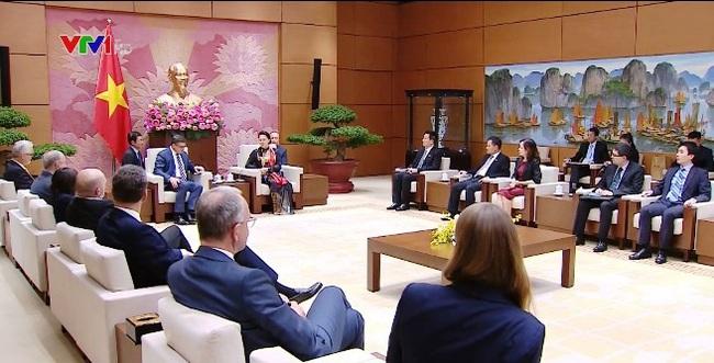 Chủ tịch Quốc hội Nguyễn Thị Kim Ngân tiếp Chủ tịch Nghị viện bang Hensen - ảnh 1