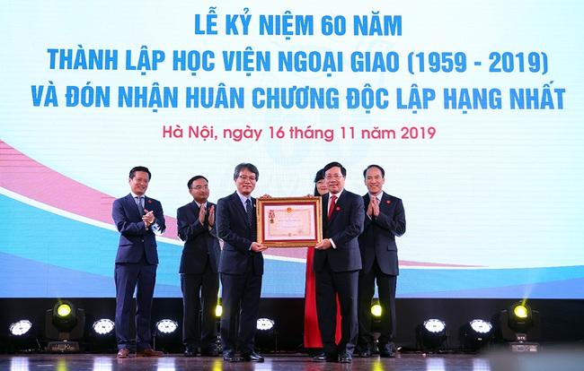 Kỷ niệm 60 năm Học viện Ngoại giao - ảnh 1