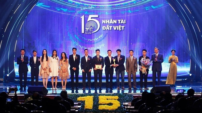The Vietnamese Talent Awards 2019 celebrates its 15th anniversary with an award ceremony held for this year winners in Hanoi on November 15, 2019. (Photo: NDO/Lam Thao)