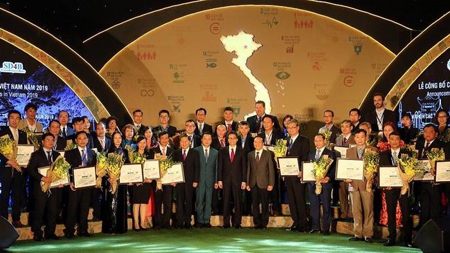 The ceremony to honour 100 sustainable enterprises (Photo: VGP)