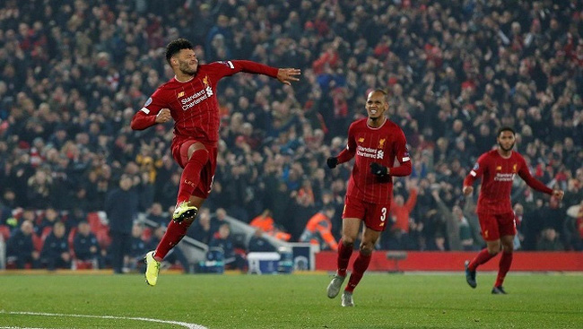 Soccer Football - Champions League - Group E - Liverpool v KRC Genk - Anfield, Liverpool, Britain - November 5, 2019 Liverpool's Alex Oxlade-Chamberlain celebrates scoring their second goal. (Photo: Reuters)