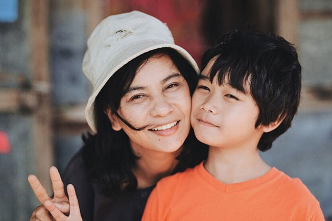 The movie 'The Happiness of Mother' by director Pham Huynh Dong and produced by Diep Co Entertainment Co., Ltd. was selected to open the film week.