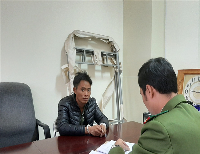 Lào Cai: Bắt giữ đối tượng chém tử vong mẹ vợ - ảnh 2