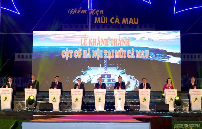 Thủ tướng dự lễ khánh thành cột cờ Hà Nội tại mũi Cà Mau - ảnh 3