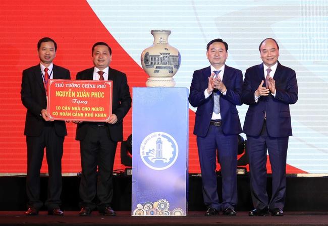 Thủ tướng dự Lễ kỷ niệm 120 năm thành lập huyện Đại Lộc (Quảng Nam) - ảnh 2